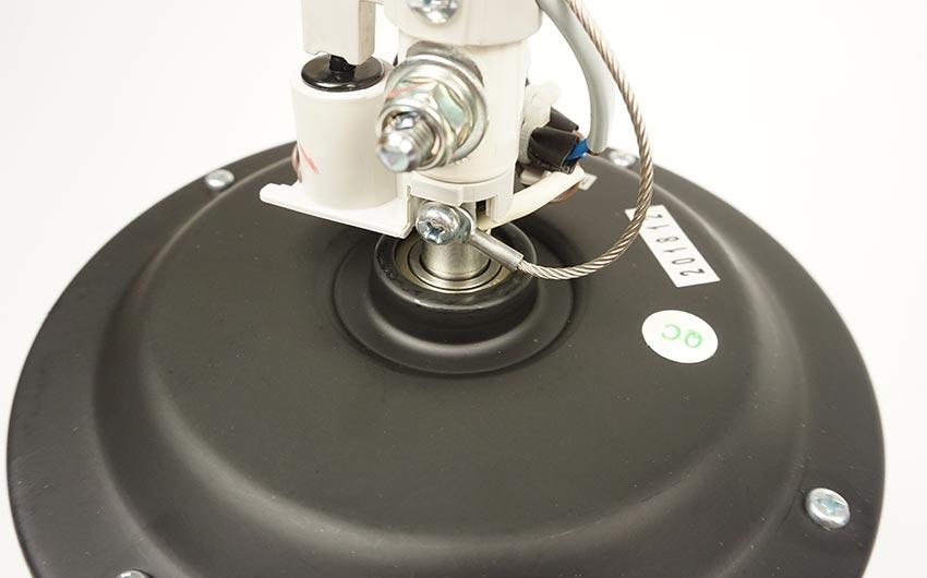 hệ thống chống rung lắc trên quạt trần mitsubishi 5 cánh đen xám