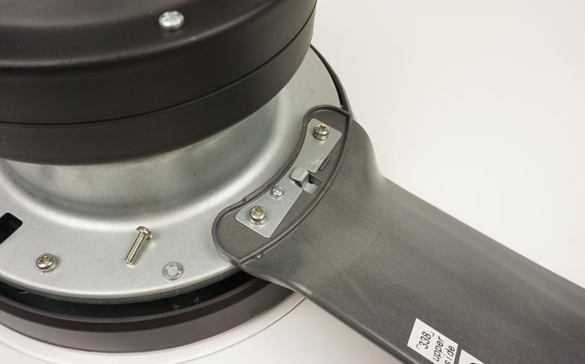 chốt khóa cánh an toàn trên quạt trần mitsubishi c56-rw4 cy-gy